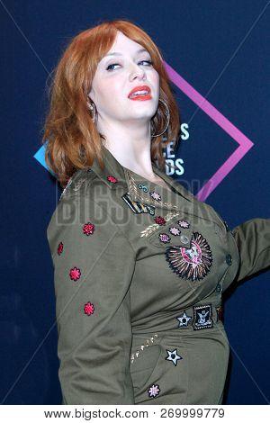 LOS ANGELES - NOV 11:  Christina Hendricks at the People's Choice Awards 2018 at the Barker Hanger on November 11, 2018 in Santa Monica, CA