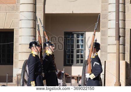 Stockholm, Sweden - October 19 2018: Changing Of The Guard At Stockholm Royal Palace On October 19 2