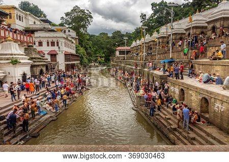 Kathmandu,nepal - August 14,2019: Crowd Of Hindu Prayers During Janai Purnima Rakshya Bandhan Festiv
