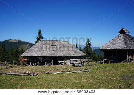 Old farmhouse and stable in mountain