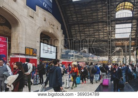 Milan, Italy - October 2019: A Crowd Of Train Passengers Arriving At The Arrival Hall Of Milano Cent