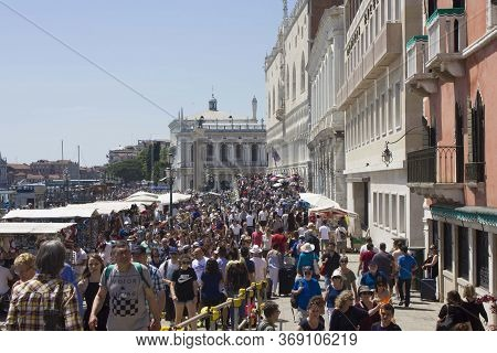 Venice, Italy - May 28 2016: Crowd Of People On Riva Deglischiavoni, Venice Waterfront Promenade