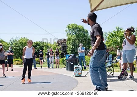 West St. Paul, Mn/usa - May 30, 2020: West Saint Paul Resident Taurean Garrett Addresses Racial Issu