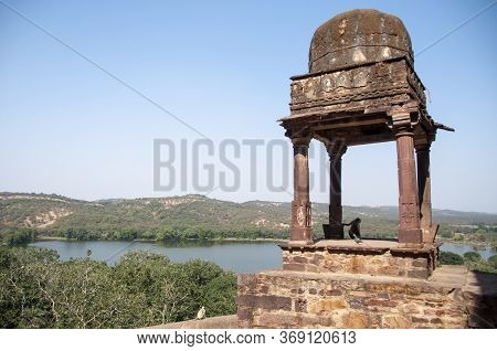 Ranthambore Fort Lies Within The Ranthambore National Park, Near The Town Of Sawai Madhopur, The Par