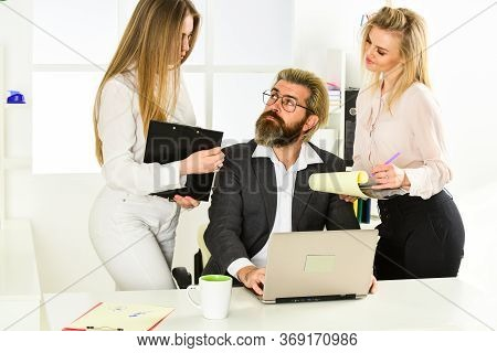 Secretary And Manager. Office Affair. Surrounded By Beautiful Ladies. Seductive Colleague. Flirting