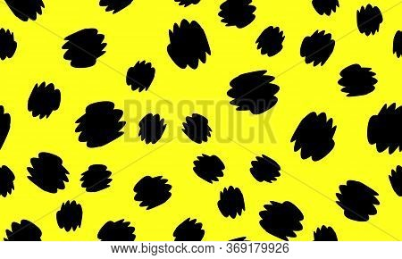 Leopard Print Design. Yellow Color. Animal Pattern. Leopard Print Seamless. Panther Skin. Retro Seam