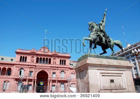 General Belgrano monument