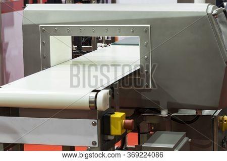 Metal Detector For Food Industrial ; Show White Conveyor Belt ; Equipment Background