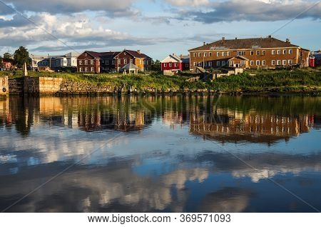 Solovki, Republic Of Karelia, Russia - August, 2017: Residential Houses In The Bay Of Well Being On