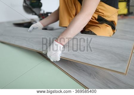 Repairman Replaces Laminate Panels Floor Apartment. Laminate Care And Operating Rules. Independently