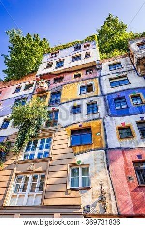 Vienna, Austria - August 2015: Hundertwasserhaus Is An Apartment House, Idea And Concept Of Austrian