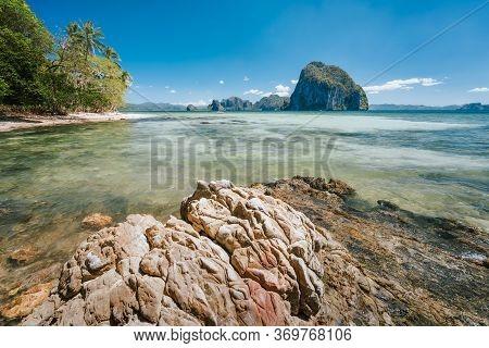 Best Beaches Of El Nido, Palawan, Philippines: Las Cabanas Beach