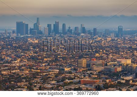 Los Angeles, Hollywood, Usa- 10 June 2015: Panoramic View Of Los Angeles From The Hill At Griffith P