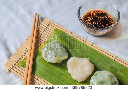 Steamed Guizhou Of Dumpling Stuffed Slice Garlic Chive Dipping With Soy Sauce.thailand Street Food C