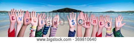 Children Hands, Endlich Sommer Means Finally Summer, Ocean Background
