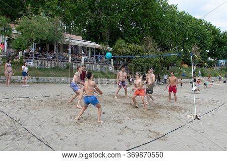 Split Croatia May 2020 A Group Of International Students From All Over The World Playing Sand Volley