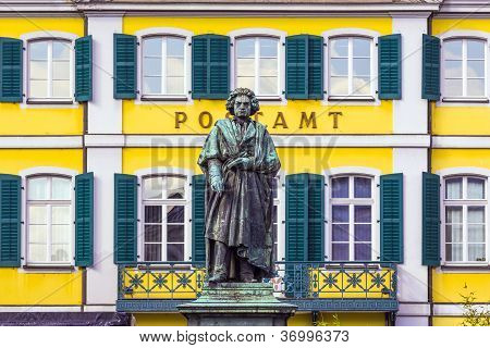 BONN, GERMANY - SEP 22, 2013: The Beethoven Monument on the Munsterplatz in Bonn Germany