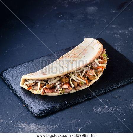 Shawarma Sandwich Gyro Fresh Pita Bread Chicken Falafel Recipe With Grilled Meat, Mushrooms, Traditi