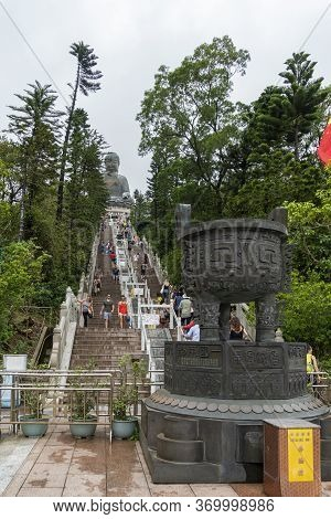 Ngong Ping, Lantau, Hong Kong, May 2018 - Steps Leading Up To Tian Tan Big Buddha  Statue On Lantau