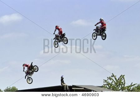 Motorcycle Stunt Riders