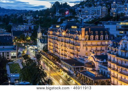Fairmont Le Montreux Palace Hotel At Night