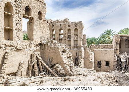 Birkat Al Mud Ruins