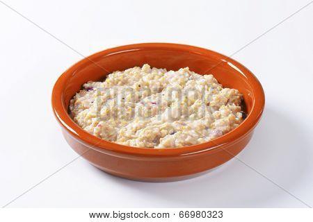 fresh natural oatmeal