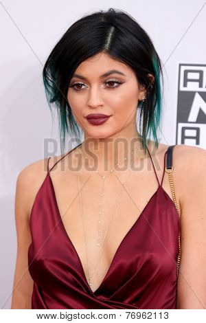 LOS ANGELES - NOV 23:  Kylie Jenner at the 2014 American Music Awards - Arrivals at the Nokia Theater on November 23, 2014 in Los Angeles, CA