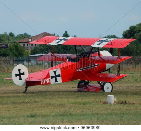 Thiene, Vicenza - Italy. 26Th July, 2015:red Triplane Fokker Dr-1