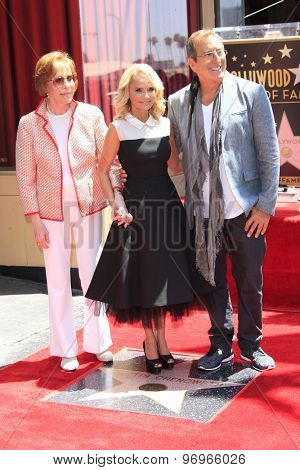 LOS ANGELES - JUL 24:  Carol Burnett, Kristin Chenoweth, Kenny Ortega at the Kristin Chenoweth Hollywood Walk of Fame Star Ceremony at the Hollywood Blvd on July 24, 2015 in Los Angeles, CA