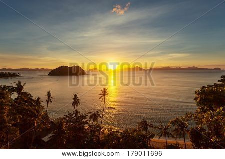 Amazing scenic view of sea bay and mountain islands, Palawan, Philippines. Beautiful tropical island in Pacific ocean.