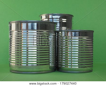 a tin can for canned food conservation food