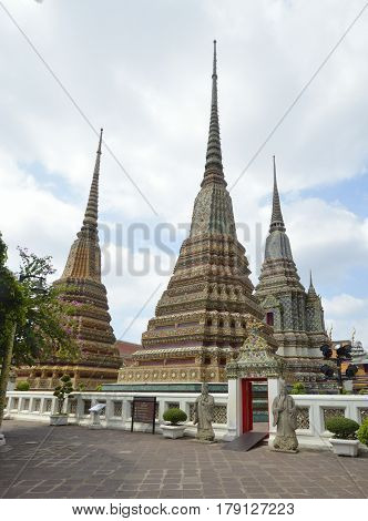 Wat Pho - Temple of the reclining Buddha in Bangkok