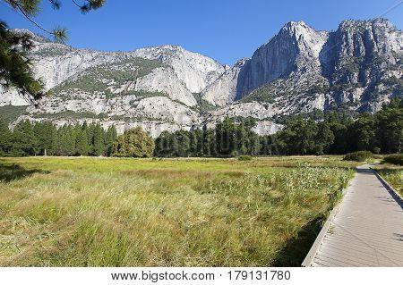 A landscape view of Yosemite Valley Floor , California