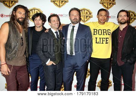 LAS VEGAS - MAR 29:  Jason Momoa, Ezra Miller, Zack Snyder, Ben Affleck, Ray Fisher, Henry Cavill at the Warner Bros CinemaCon Photocall at the Caesars Palace on March 29, 2017 in Las Vegas, NV
