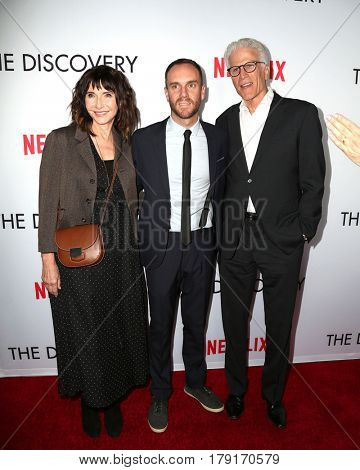 LOS ANGELES - MAR 29:  Mary Steenburgen, Charlie McDowell, Ted Danson at the Premiere Of Netflix's