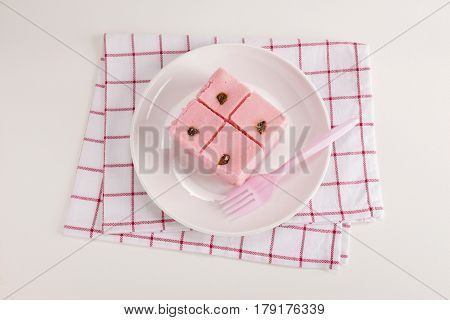Sali Cake On Red