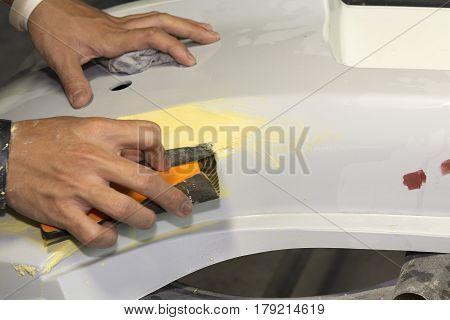 Working sanding primer before painting - auto body repair