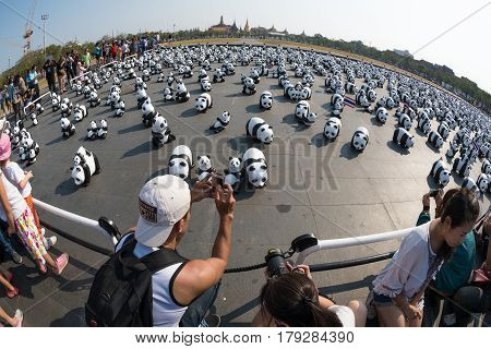 BANGKOKTHAILAND-MAR 4 2016:1600 Pandas World Tour by WWF Paper mache Pandas to represent 1600 Pandas and to raise awareness in conservation for endangered animals on March 042016Thailand