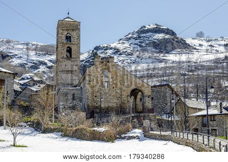 Roman Church of the Nativity of the Mother of God of Durro (Catalonia - Spain). This is one of the nine churches which belongs to the UNESCO World Heritage Site.