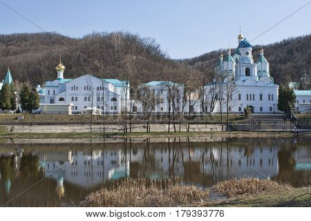 Church of the Intercession of Sviatohirsk Lavra. Sunny and cloudy day in April