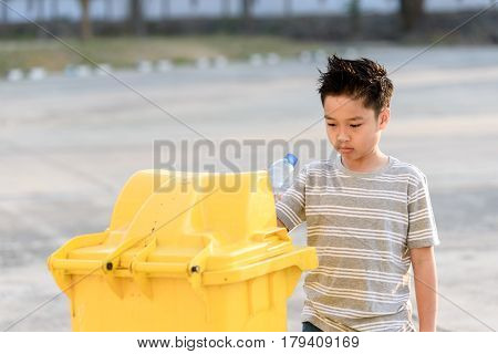 Boy Drop Plastic Bottle