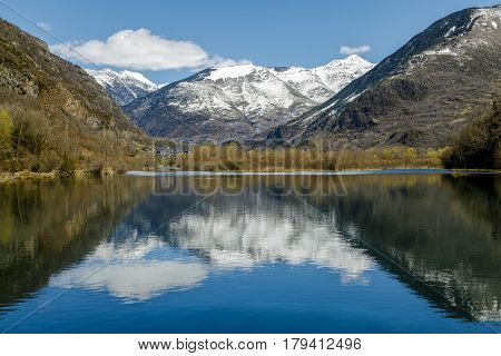 Cardet reservoir different from that of Llesp is located in the Vall de Boi next to the town of Barruera