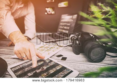 photographer journalist camera traveling photo dslr editing edit hobbies lighting business designer concept