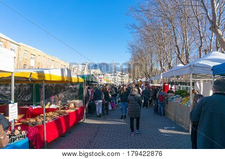 Famous Salamanca Farmers Market In Hobart, Tasmania