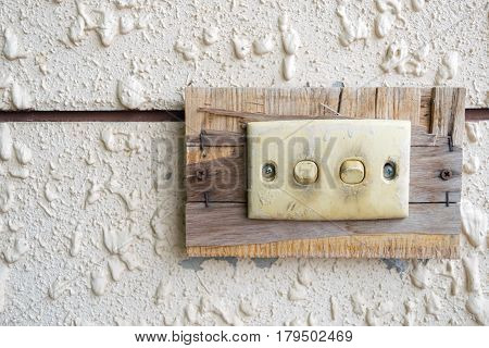 light switch of Switch on the old lights on the wall.