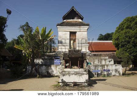 Ancient Building For Male People Looking Image Chedi Upside Down From Natural Pinhole Camera At Wat