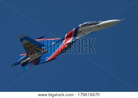 Supreme Pilotage at the Su-27 Yeisk Russia July 25 2015