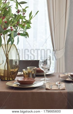 Modern Classic Dining Set On Wooden Table In The Elegance Dining Corner