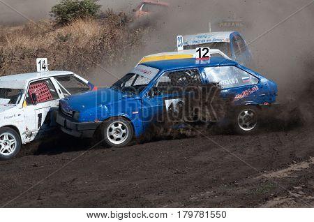 Races for survival on old Soviet cars, Bizontrek-Show, Rostov-on-Don, Russia, September 27, 2016